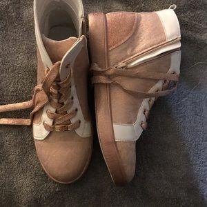 Michael Kors Blush Sneakers size 5